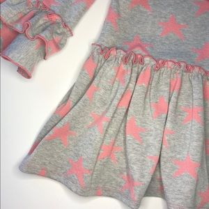 Pippa & Julie Shirts & Tops - Pippa & Julie Grey Pink Stars Ruffled Top Size 6